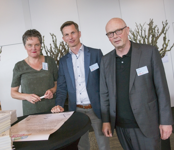 Foto (Menno Mulder), v.l.n.r.: Gerlien van Dalen, Arjan Beune en Jos Debeij